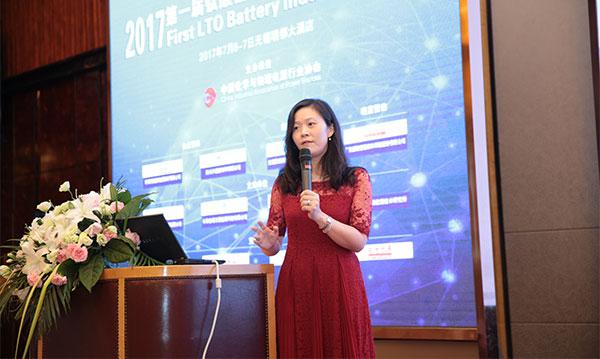 微宏动力系统(湖州)有限公司研发副总裁刘文娟照片