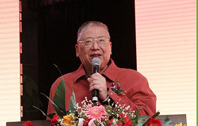 中国科学院上海技术物理研究所主任医师姚鼎山