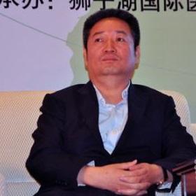 中国保健营养理事会理事长赵文祥照片