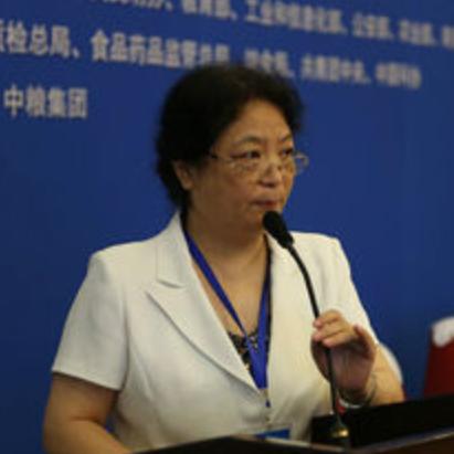 中国食品科学技术学会理事长孟素荷照片