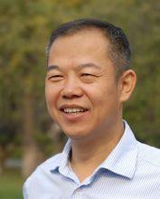 北京大学光华管理学院院长助理张圣平 照片
