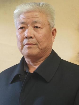 中国易学联盟顾问陆德余照片