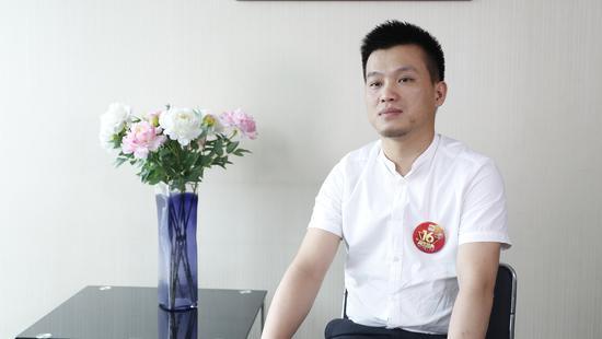 静家居 营销总经理陈文焕照片