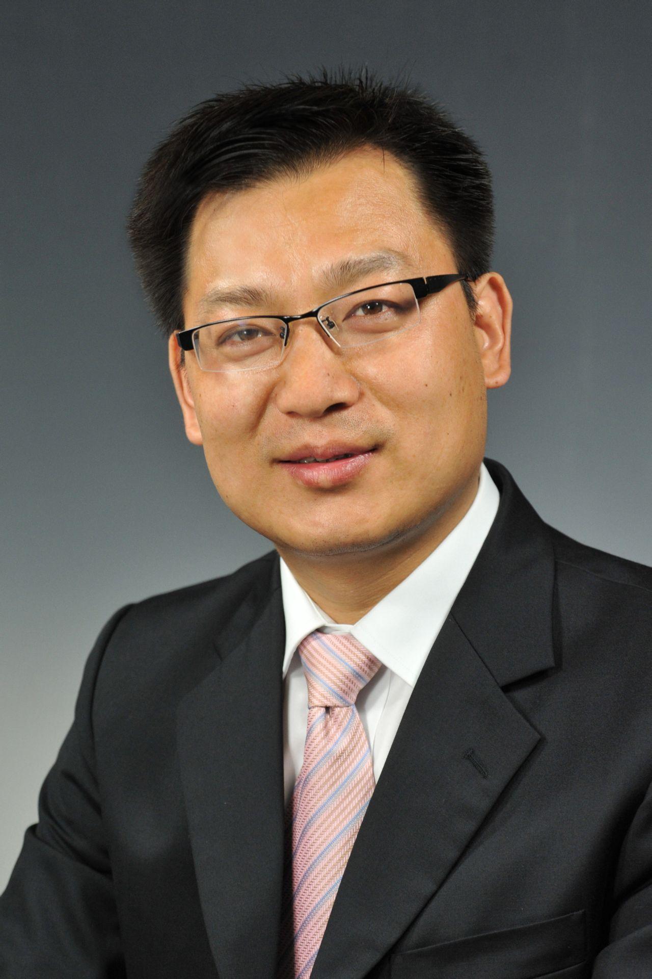 深圳市左右家私有限公司 总裁汪小康