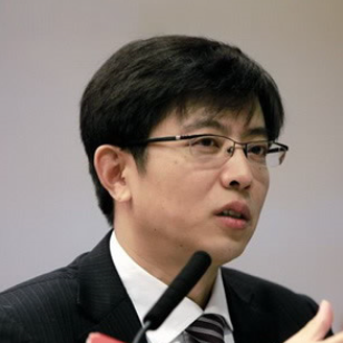 华泰证券董事长、总裁周易照片