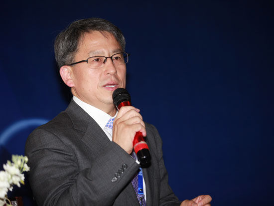 中国融资租赁企业协会副会长王佳林照片