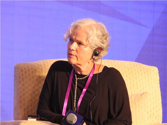 联想财务有限公司 全球总经理 Diane Croessmann