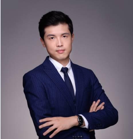 国金证券教育行业首席分析师吴劲草照片