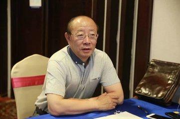 内蒙呼市胜利教育校长左胜利照片
