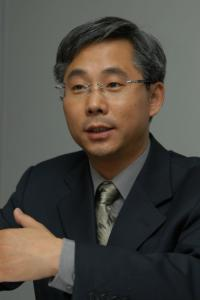 北京华卫律师事务所副主任邓利强照片