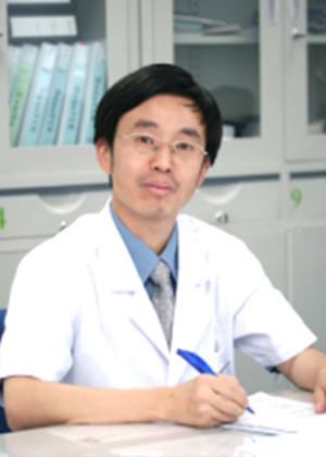 国家血友病病例信息管理中心负责人杨仁池(Renchi Yang)照片