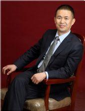 中国健康养老产业联盟副主席贾宏雄照片