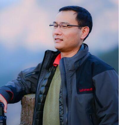 杭州纽曲星营养研究所所长裘耀东照片