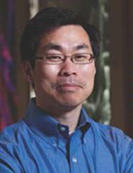 麻省理工学院生物学教授陈建柱
