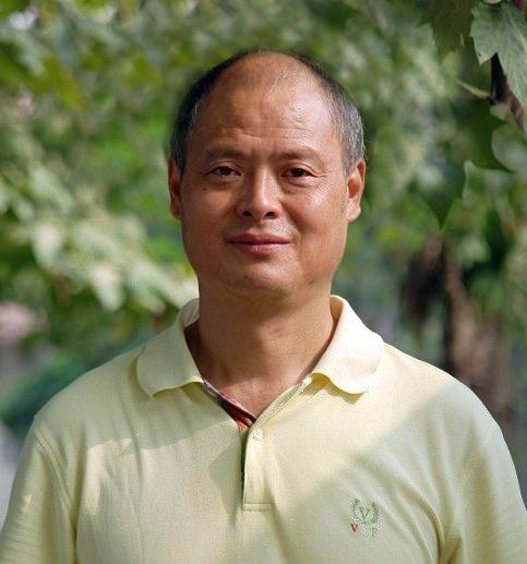 成都中医药大学推拿针灸学院教授廖品东照片