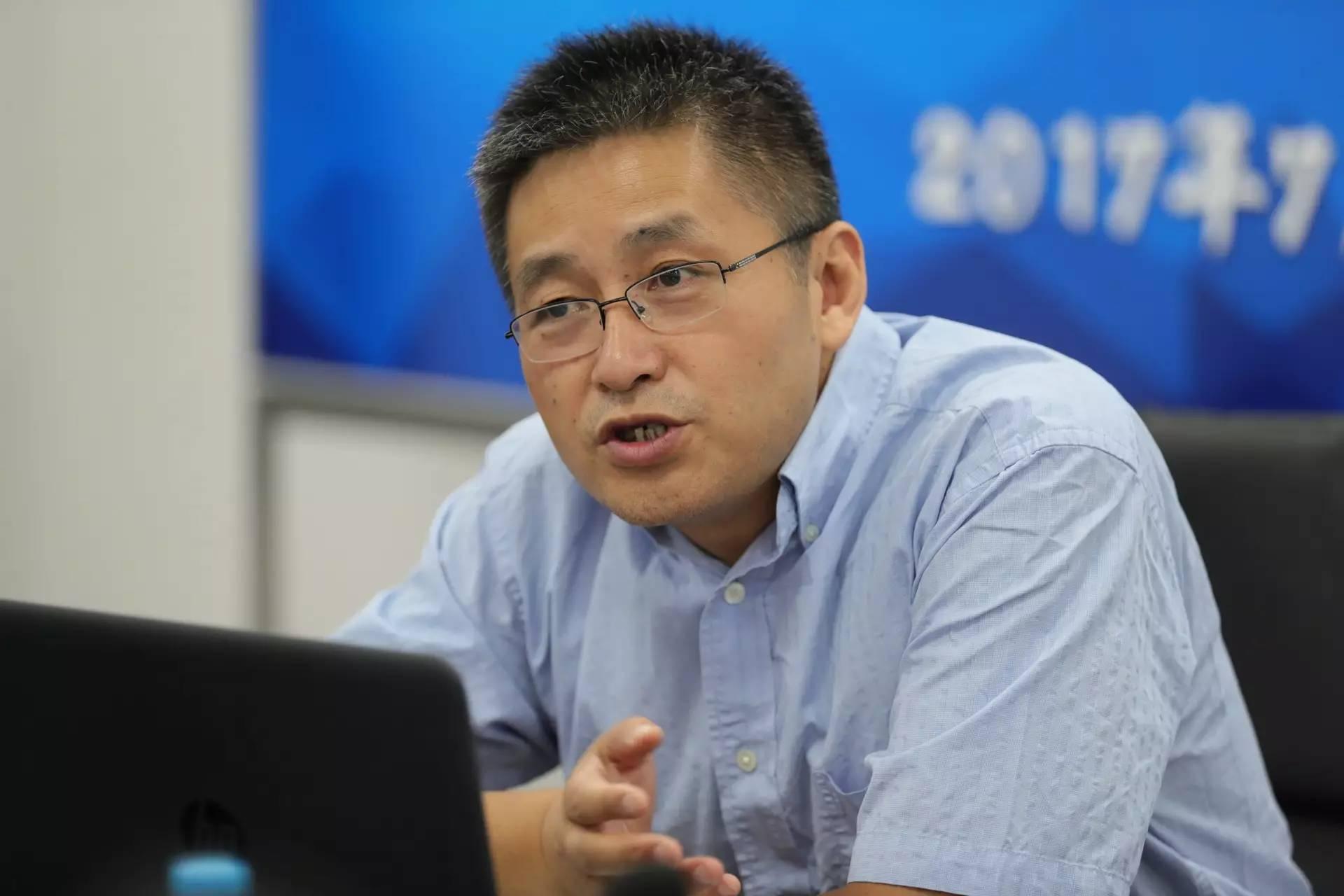 上海财经大学金融学院院长助理曹啸照片
