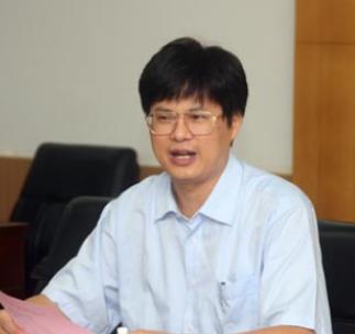 广西大学副校长罗廷荣照片