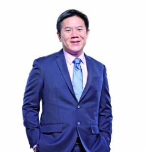 新加坡证券交易所副总裁周士达照片