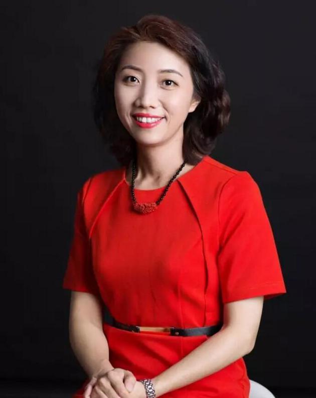 京东集团副总裁李曦照片