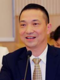 上海第六人民医院党委书记方秉华照片
