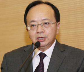 云南省第一人民医院党委副书记李伟       照片