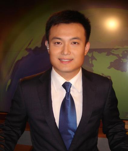 中央电视台财经频道主持人宋鹏飞照片