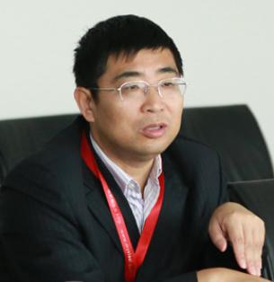我的钢铁网董事长朱军红照片