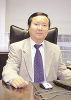 北京巨人学校董事长尹雄