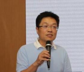 交通运输部公路科学研究院汽车运输技术研究中心 总工岑晏青照片