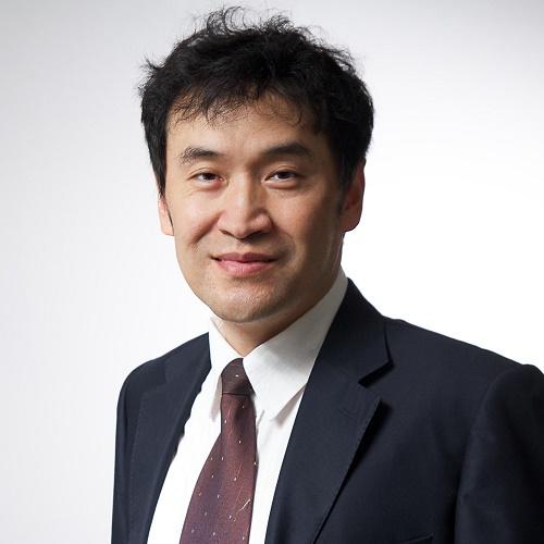 蚂蚁金服首席战略官陈龙照片