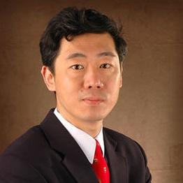 清华大学经济管理学院教授李稻葵照片