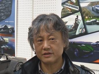 东华大学服装艺术设计学院工业艺术设计系主任吴翔照片