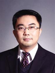 中国银行业监督管理委员会国际部主任范文仲照片