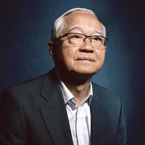 全国政协经济委员会副主任吴敬琏照片