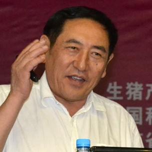 中国工程院院士陈焕春照片