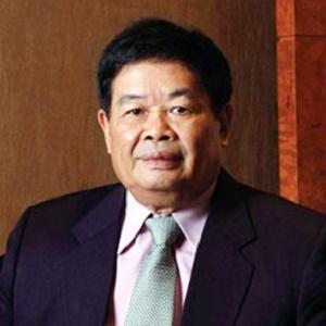 福耀玻璃创始人、董事长曹德旺