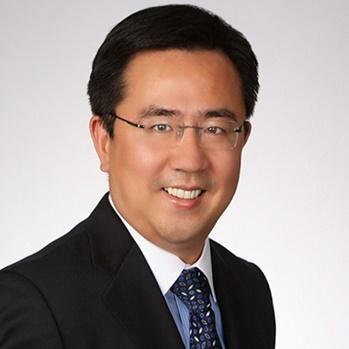 复星集团银行发展部董事总经理颜勇