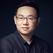 北京师范大学编剧梁振华照片
