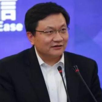 宜信公司大数据创新中心副总经理雷鹏