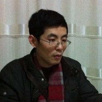 《美术报》常务副主编潘欣信