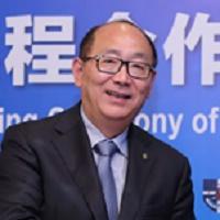 上海商贸旅游学校校长李小华照片