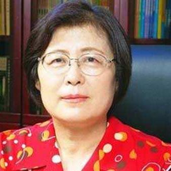 中国人民大学附属中学校长刘彭芝照片