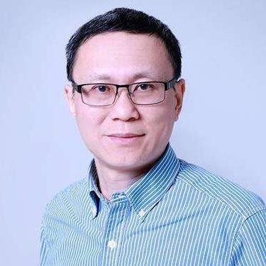 京东集团副总裁裴健照片