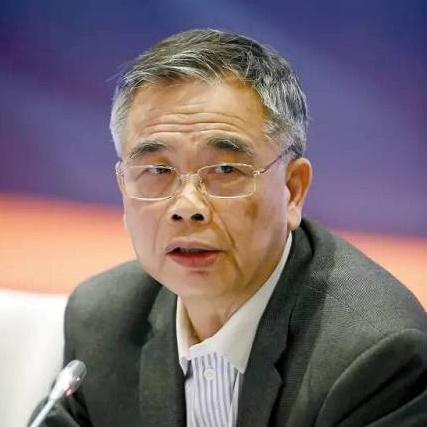 中国互联网金融协会理事长李东荣照片