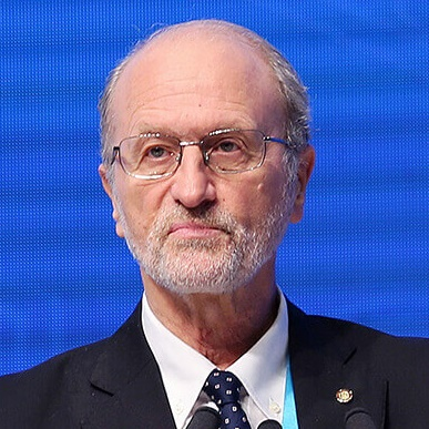 意大利比萨圣安娜大学教授Paolo Dario