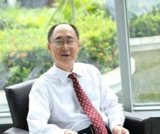 广东省生物医学工程学会理事长王一飞照片