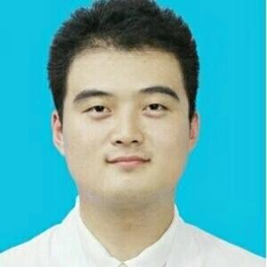 硕士研究生,师承成都中医药大学钟兰教赵承浩