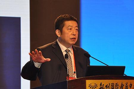 北京工商大学证券期货研究所所长胡俞越照片