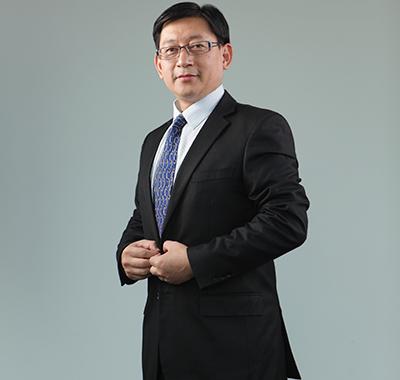 上海股权托管交易中心党委书记、总经理张云峰