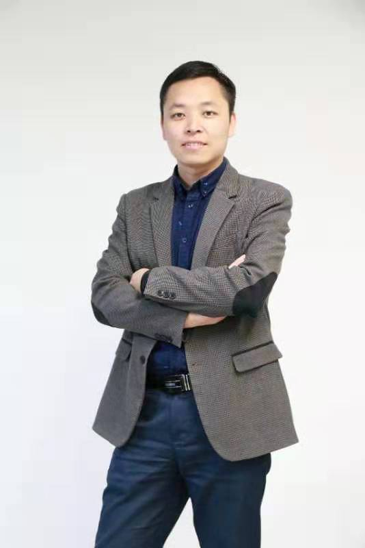 比亚迪智能网联总监杨见星照片